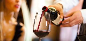 Красное вино болит желудок thumbnail