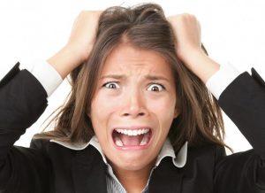 Может ли от желудка болеть горло и чем это лечить?